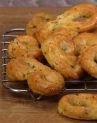 Herzhafte Kekse mit nativem Olivenöl extra